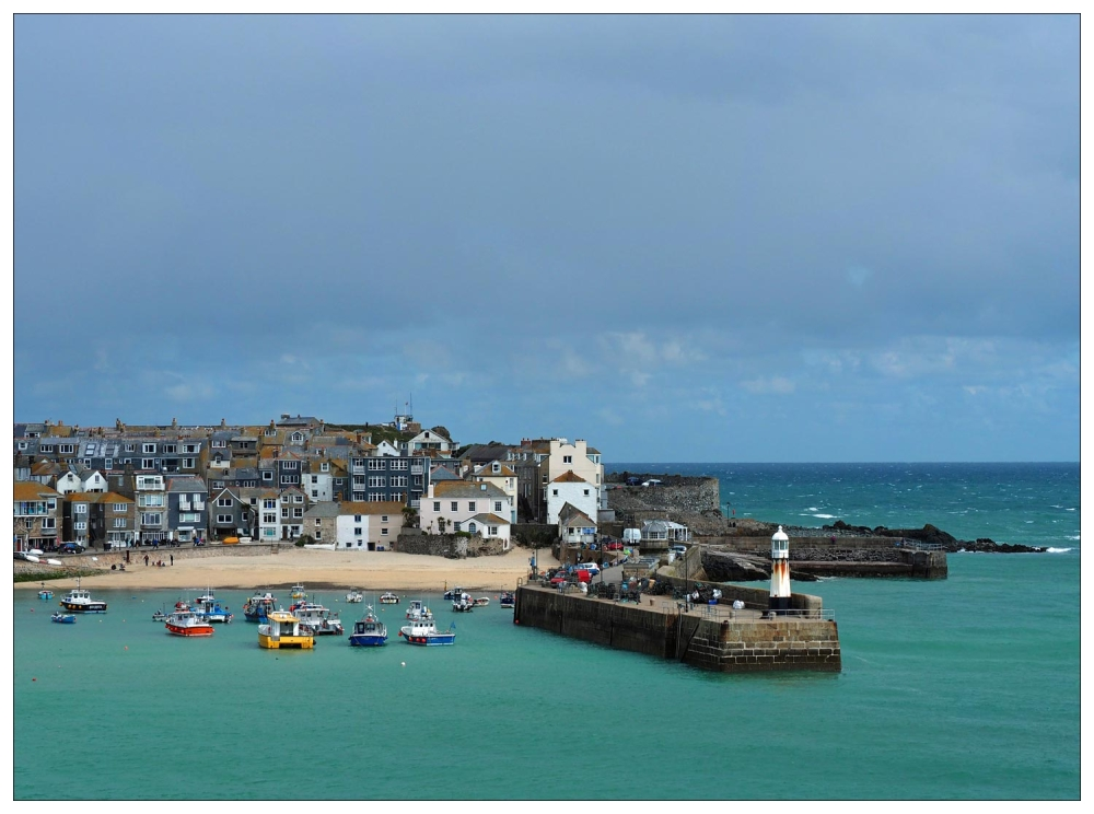 St-Ives-Harbour-at-high-tide