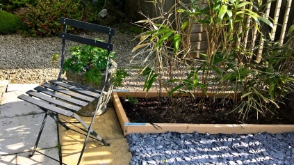 New bed with bamboo - June 2016
