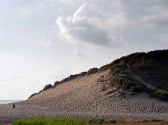 60 feet tall dunes