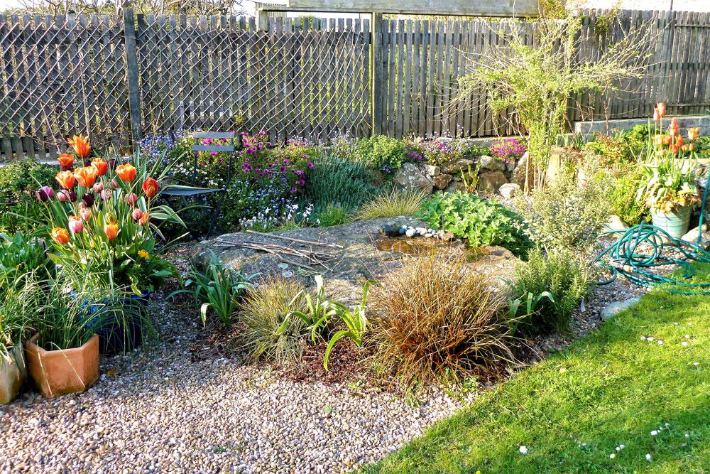 The Sunny border and Gravel Garden